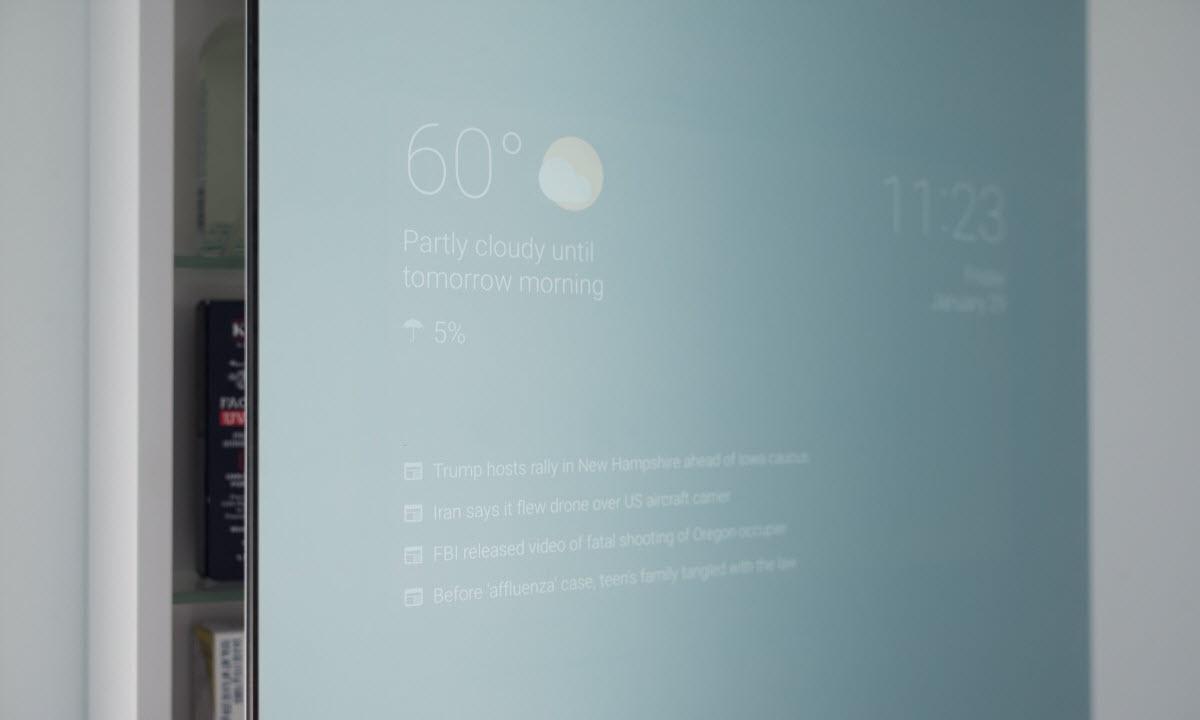 Quand la technologie Android s'applique à un miroir de salle de bain
